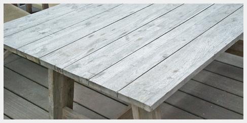 Vergrijsde teak tafels voor in de tuin ibiza outdoor for Teakhouten tafel
