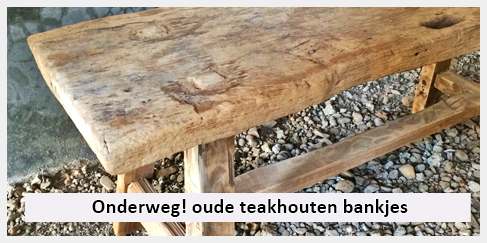 oude grove teak houten bankjes