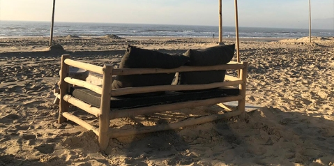 Houten bank nieuw bij Ibiza Outdoor