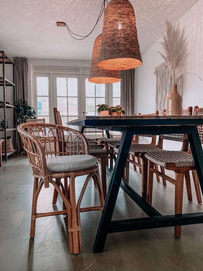 Rotan eetkamerstoel ibiza outdoor en eetkamertafel met ijzer onderstel