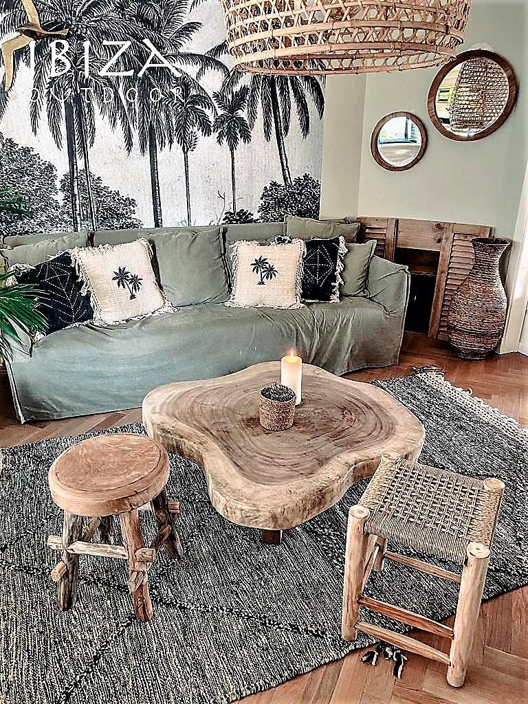 Salontafel in de vorm van een boomstam, mooi en tof voor binnen.